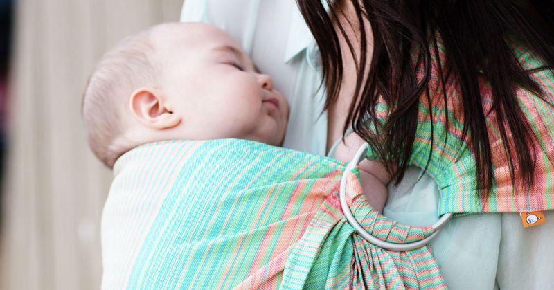 Noszone dzieci płaczą mniej