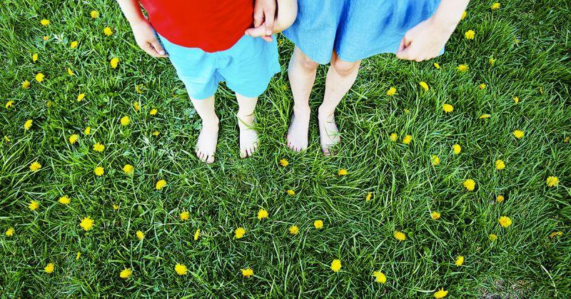 Dzieci potrzebują ziemi, lasu, gór i wody! 15 pomysłów na codzienny kontakt z naturą