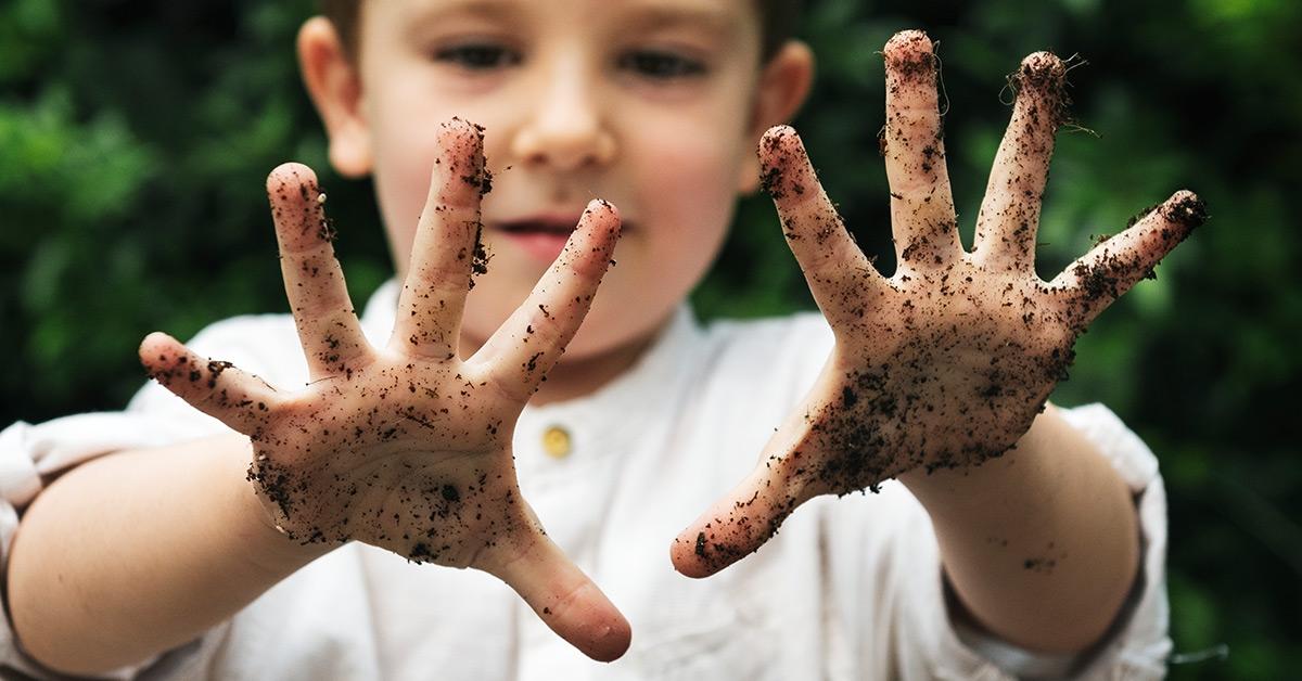 pasożyty u dzieci, brudne ręce