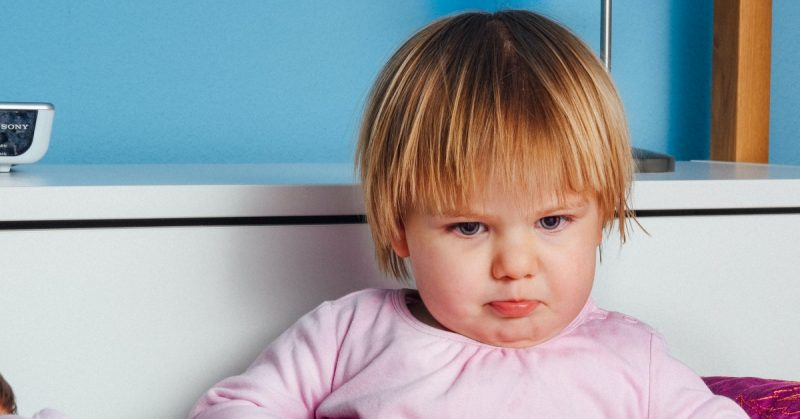 """Dziecko mówi """"nie"""", rodzic mówi """"nie"""", czyli jak się dogadać bez przemocy"""
