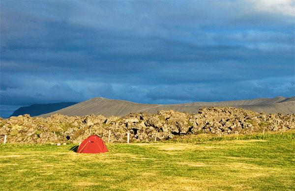 czerwony-namiot