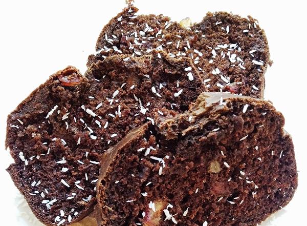 karobowe-ciasto-z-daktylami