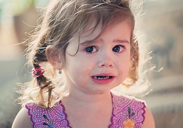 kto-decyduje-o-wartości-uczuc-dziecka