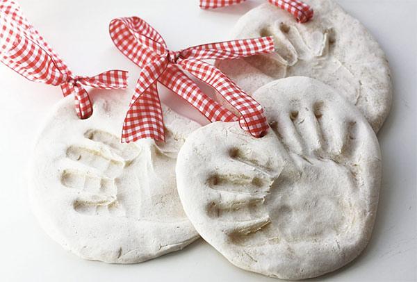 4 Pomysły Na Prezenty Hand Made Dla Babci I Dziadka Z Odciskami