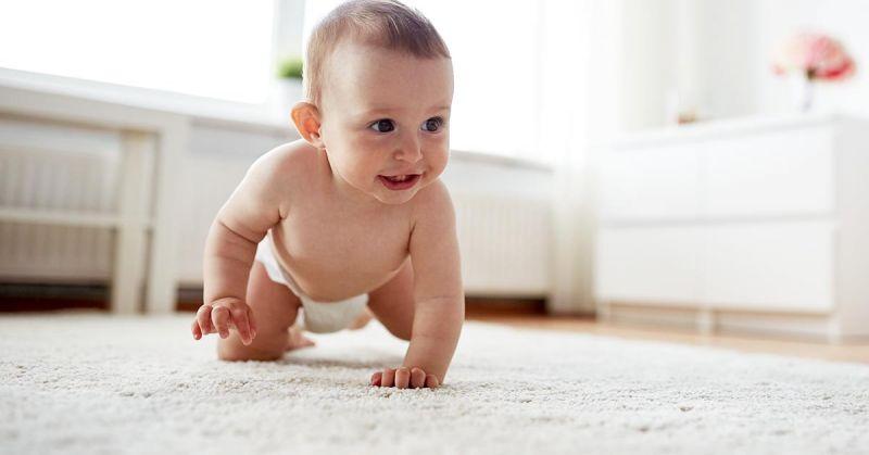 Jak urządzić niemowlakowi przestrzeń przyjazną sensorycznie?