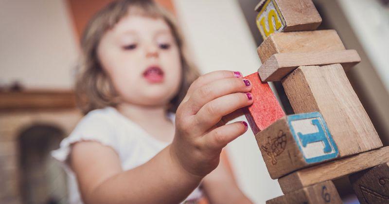 Samokontrola, elastyczność i pamięć – jak wspierać rozwój poznawczy dziecka?