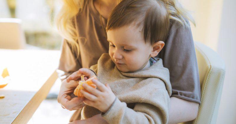 10 komunikatów, których lepiej nie serwować dziecku wraz z jedzeniem